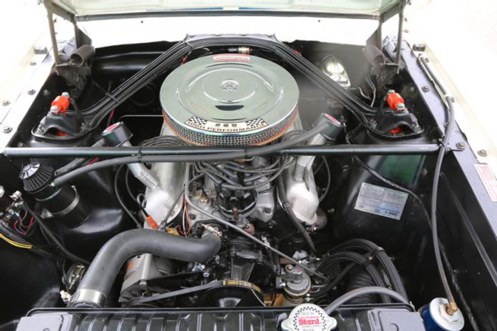 1966-ford-mustang-engine-bay